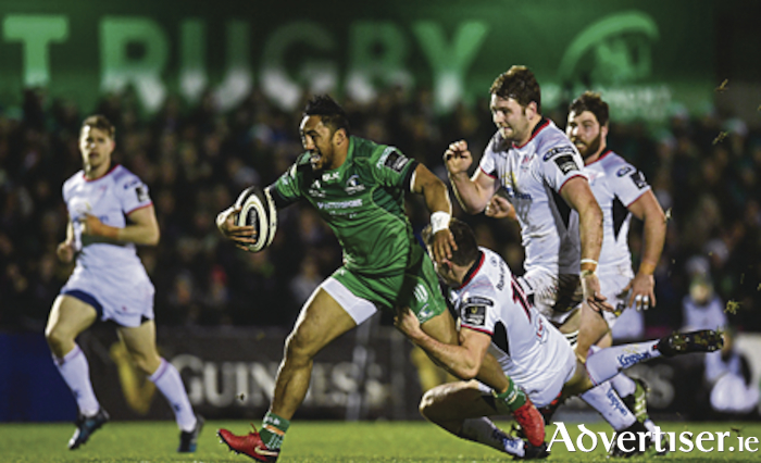 Bundee Aki of Connacht on his way to scoring his side's second try despite the tackle of Jacob Stockdale of Ulster during the Guinness PRO14 Round 11 match between Connacht and Ulster at the Sportsground in Galway. Photo by Sam Barnes/Sportsfile