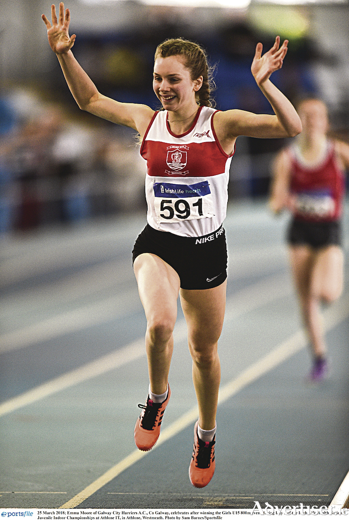 Emma Moore of Galway City Harriers AC, Co Galway, celebrates after winning the Girls U15 800m event at Irish Life Health National Juvenile Indoor Championships at Athlone IT, in Athlone, Westmeath. Photo by Sam Barnes/Sportsfile
