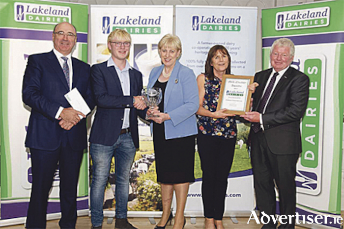 John & Conor Spollen from Glasson were awarded the Best New Entrants to Dairy Farming.  Conor received the award together with his mother Hazel pictured (centre) with Business, Enterprise and Innovation, Minister Heather Humphreys TD,  Michael Hanley, CEO (left) and Alo Duffy, Chairman, (right) of Lakeland Dairies.
