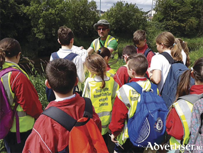 Shay Hamilton gives an informative talk on the Athlone canal to interested children