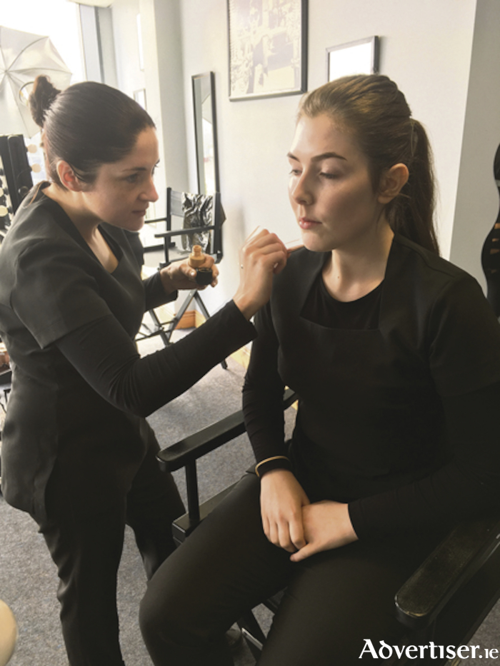 Courses for all levels at the International School of Make-up Artistry