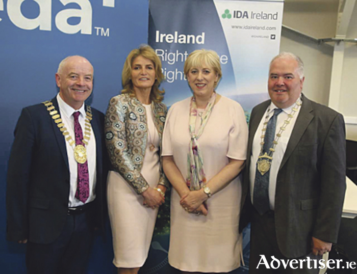 Cllr Frankie Keena, Mayor of Athlone, Mary Buckley, Executive Director, IDA, Minister for Business, Deputy Heather Humphreys TD and Cllr. John Dolan, Chairman, Westmeath County Council pictured at the Neueda Technologies jobs announcement.