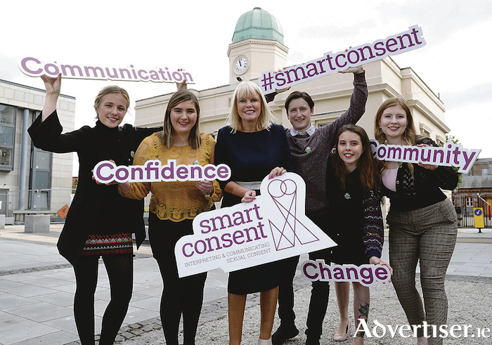 Pic shows (l to r) Deirdre Barry, Megan O'Connor,The Minister of State for Higher Education, Mary Mitchell O'Connor, TD, Conor Gormley, Claire Ahearne, and Eleanor O'Malley, students from NUI Galway.