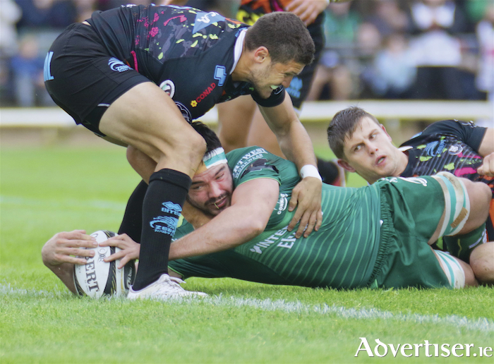 Connacht's Man of the Match Paul Boyle scores his first of two tries against Zebre at the Guinness Pro14 game at the Sportsground on Saturday. Photo:-Mike Shaughnessy