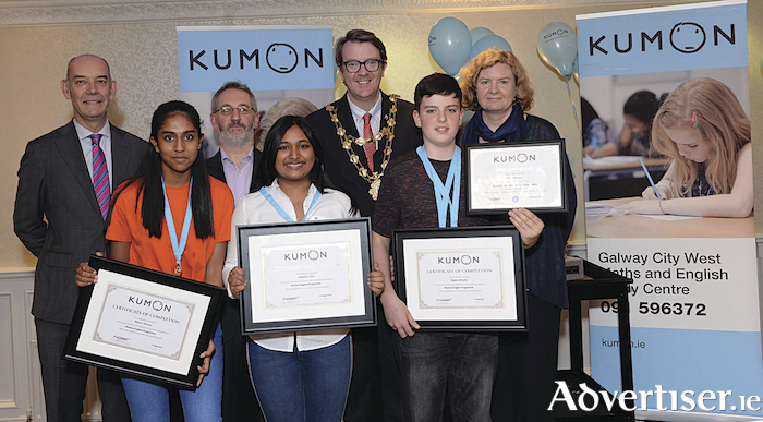 Richard Trimmer, regional manager, Kumon Ireland; Martina Thomas, English completer; James Coyne, CEO Westside Community Resource Centre; Mayor of Galway Cllr Niall McNelis; Stephen Murphy, completer; and Irene Murphy, regional director, Youth Work Ireland Galway, at the Kumon Galway City West awards. Photo: Murtography.