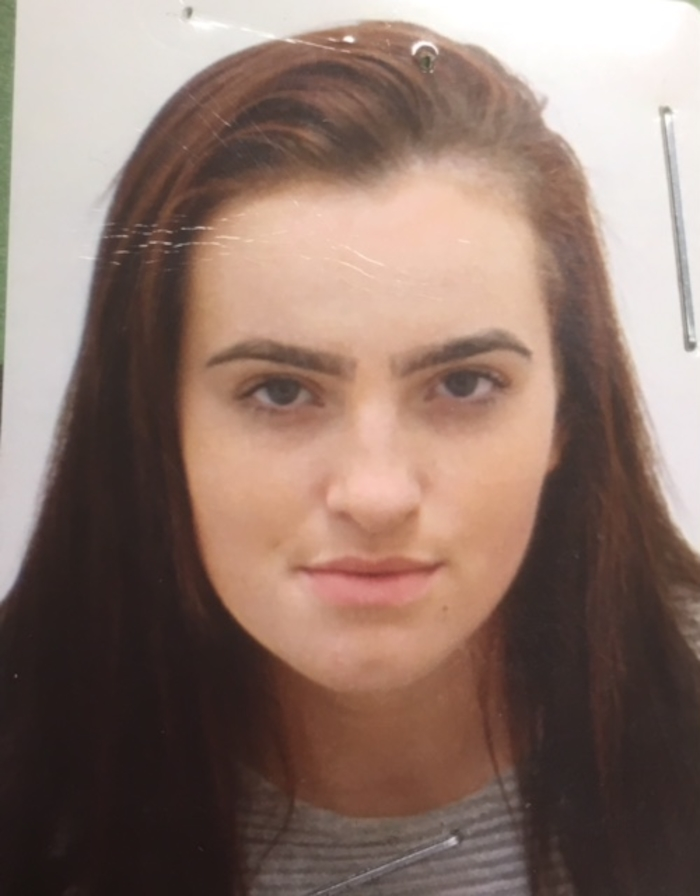 Gardaí in Westport wish to seek the public's help in locating the whereabouts of 16-year-old Elaine Sweeney