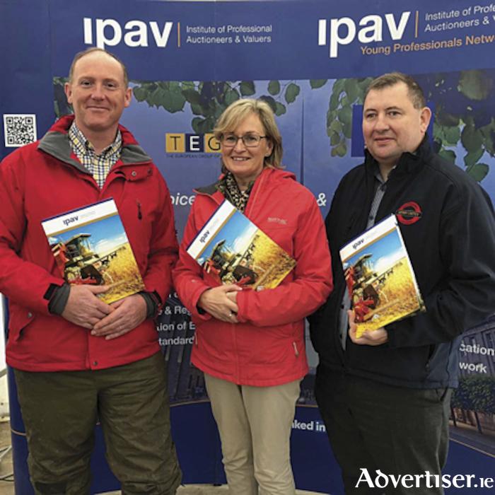 Launching the IPAV Farming Report 2018 were, Mairead McGuinness MEP and first Vice-President of the European Parliament, pictured with David McDonnell, IPAV Senior Vice-President (left) and Gerry Coffey of IPAV's Agricultural Committee.