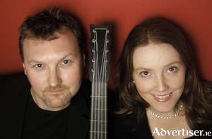 Tonos are Eamon Sweeney (Renaissance and Baroque guitars and Renaissance lute) and Ròisìn O'Grady (soprano).