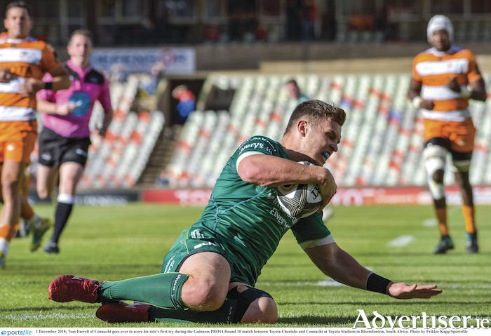 Tom Farrell goes over to score his side's first try during the Guinness PRO14 Round 10 match against the Toyota Cheetahs in Toyota Stadium in Bloemfontein, South Africa. Photo by Frikkie Kapp/Sportsfile.