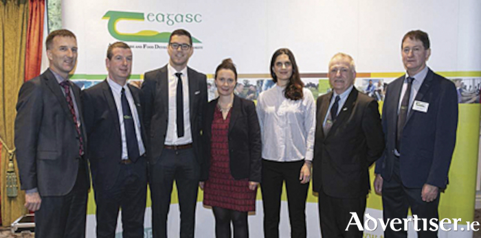 Tom O'Dwyer, Teagasc, James Keane, Regional Manager Teagasc, Athlone, Michael Dineen, Teagasc, Mary Morrisey, Senior Sector Manager-Dairy, Alcohol & Seafood, Bord Bia Athlone, Natalie Roadknight, University of Melbourne, Pro.f Gerry Boyle, Teagasc Director Athlone, Tom Kellegher, Regional Manager, Teagasc Athlone.