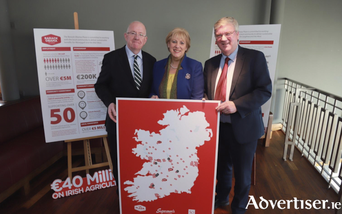 Minister Charlie Flanagan, Minister Heather Humphreys and Supermac's MD, Pat McDonagh at the announcement in the Killeshin Hotel in Portlaoise today of the three hundred jobs created by Supermac's and Só Hotels.
