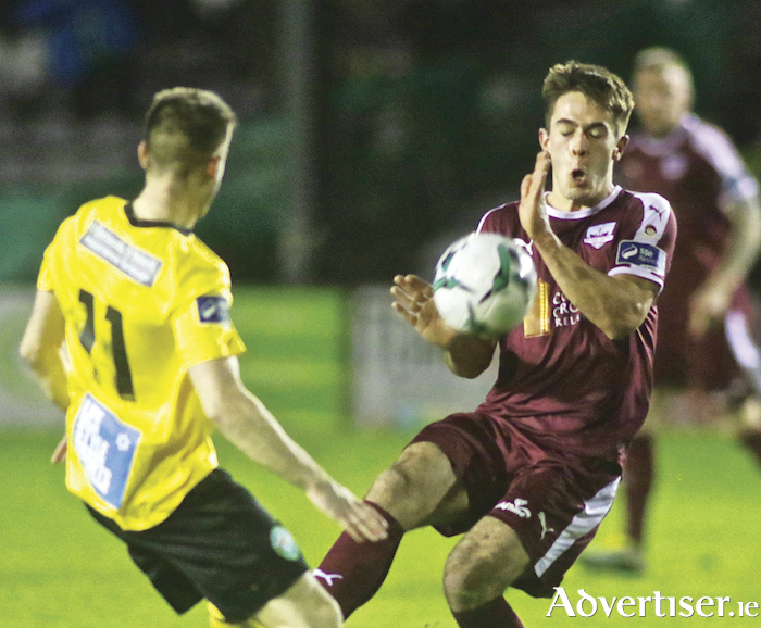 Galway United's Maurice Nugent and Bray Wanderers Derek Daly clash in the SSE Airtricity game on Friday night at Eamonn Deacy Park. 	Photo:- Mike Shaughnessy