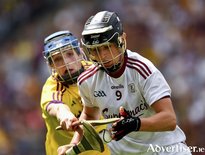 Alex Connaire of Galway in action against Dylan Whelan of Wexford during the Electric Ireland GAA Hurling All-Ireland Minor Championship semi-final at Croke Park in Dublin. Photo by Ray McManus/Sportsfile.
