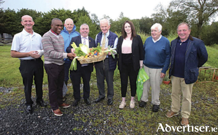 Pictured at the Knights of St. Columbanus fresh produce initiative launch were, l-r, Ray Joyce , Grand Knight, Knights of St. Columbanus, Peter Agbanobi, Martin Byrne, Minister Kevin 'Boxer' Moran, Tom Keady, Board of Midland Simon Community, Cora McDonnell, Emergency Accommodation Services, Miidland Simon Community,  Padraic Dunne and David Fenton.