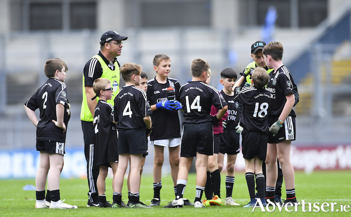 The CLG Thuar Mhic Eadaigh  team talk during the #GAAgaeilge Go Games at Croke Park in Dublin. Photo: Sportsfile