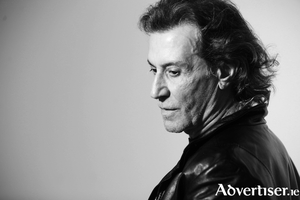 Albert Hammond.