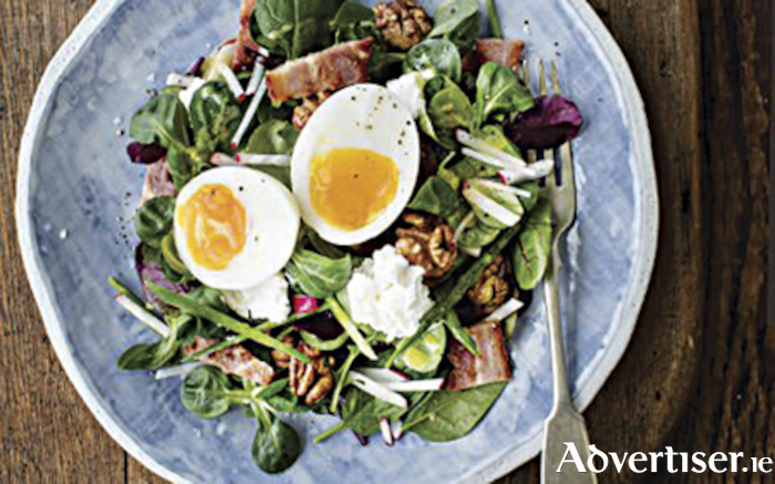 Goats cheese bacon and egg salad with walnuts