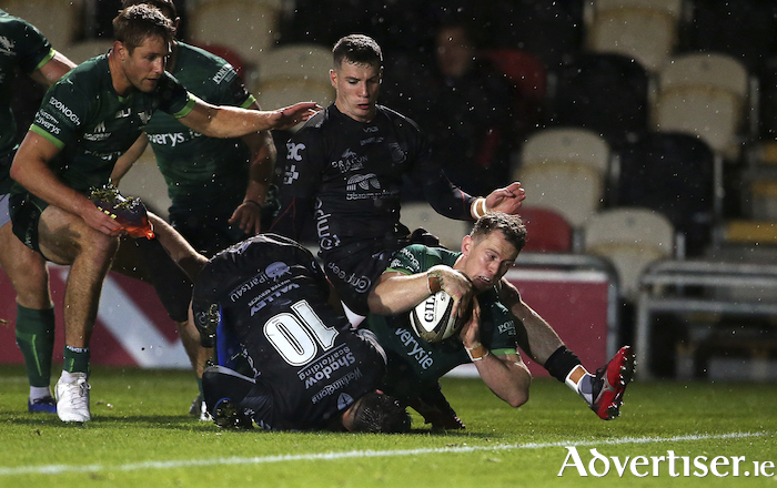 Connacht wing Matt Healy scores a try in the Guinness PRO14 match against the Dragonsat Rodney Parade in Newport, Wales. Photo by Chris Fairweather/Sportsfile