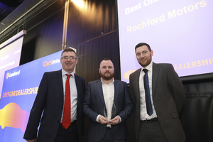 Alan Campbell, CarsIreland account manager, receiving the award on behalf of Rochford Motors in Ballyhaunis