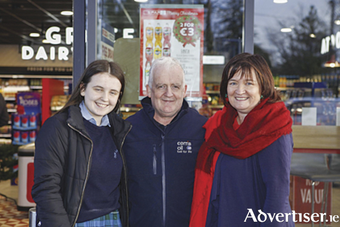 Store manager, Padraig Flatley, is pictured with his wife Audrey and Marie following the official opening of the new Corrib Oil Ltd. Texaco service station on the Ballymahon Road, Athlone.  Photograph by Michaela Fox of Wild Heart Photography.
