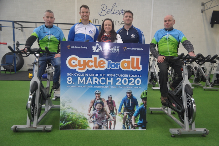 Lorraine Toner of the Irish Cancer Society with Cycle for All organiser Ciarán Sweeney (centre-left), Brian Fitzpatrick (centre-right), and Declan Blaine and Peter McDonnell of Lisheen Cooneal Cycling Club.