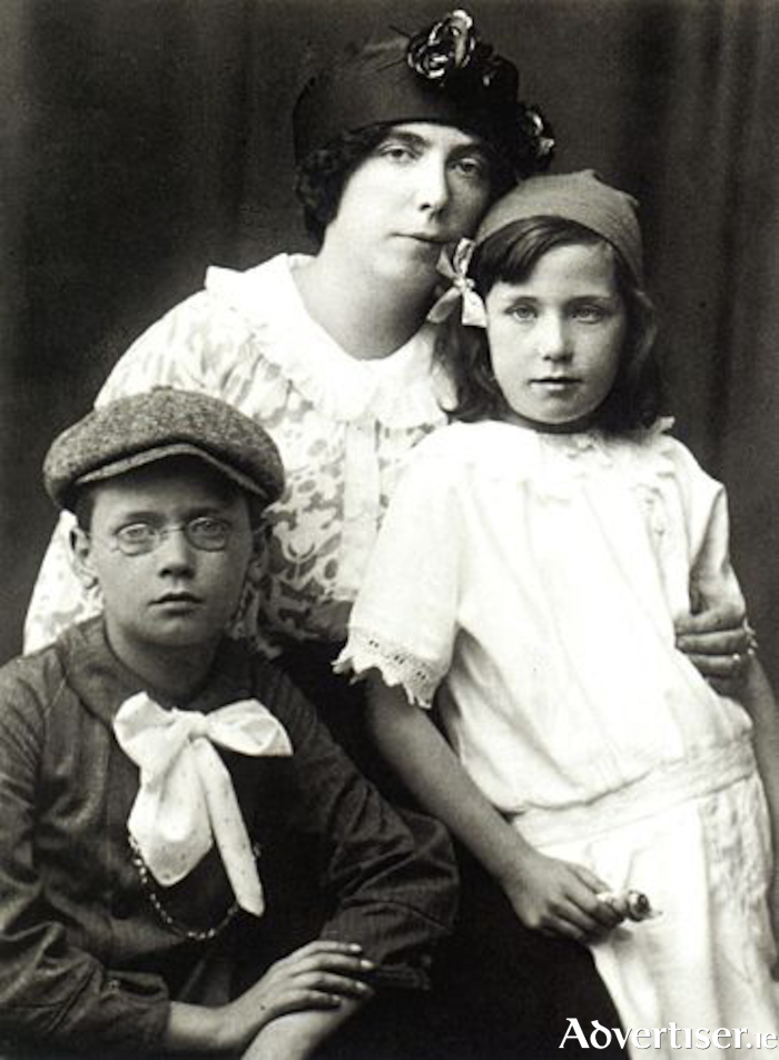 Nora Joyce and her two children Georgio and Lucia.